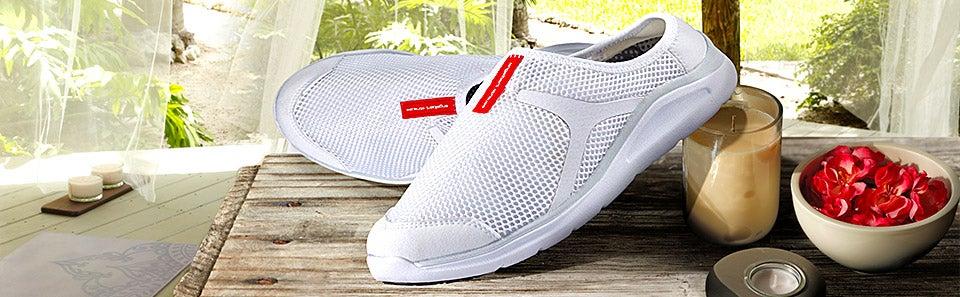 medical footwear nursing shoes hospitals clogs engelbert strauss. Black Bedroom Furniture Sets. Home Design Ideas