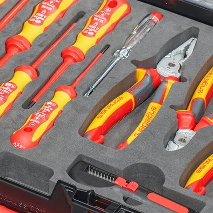 Tool Cases: STRAUSSbox tool set 118 Electro classic 2