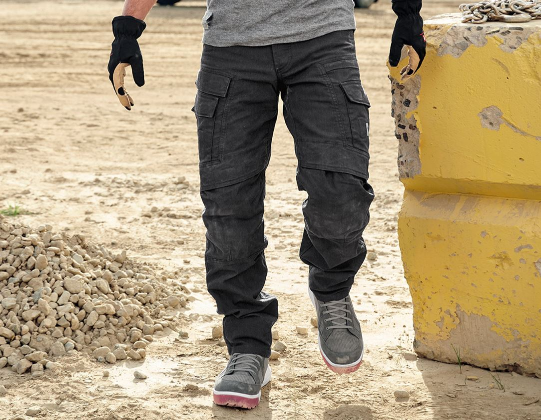 Work Trousers: Worker cargo trousers e.s.vintage + black 1