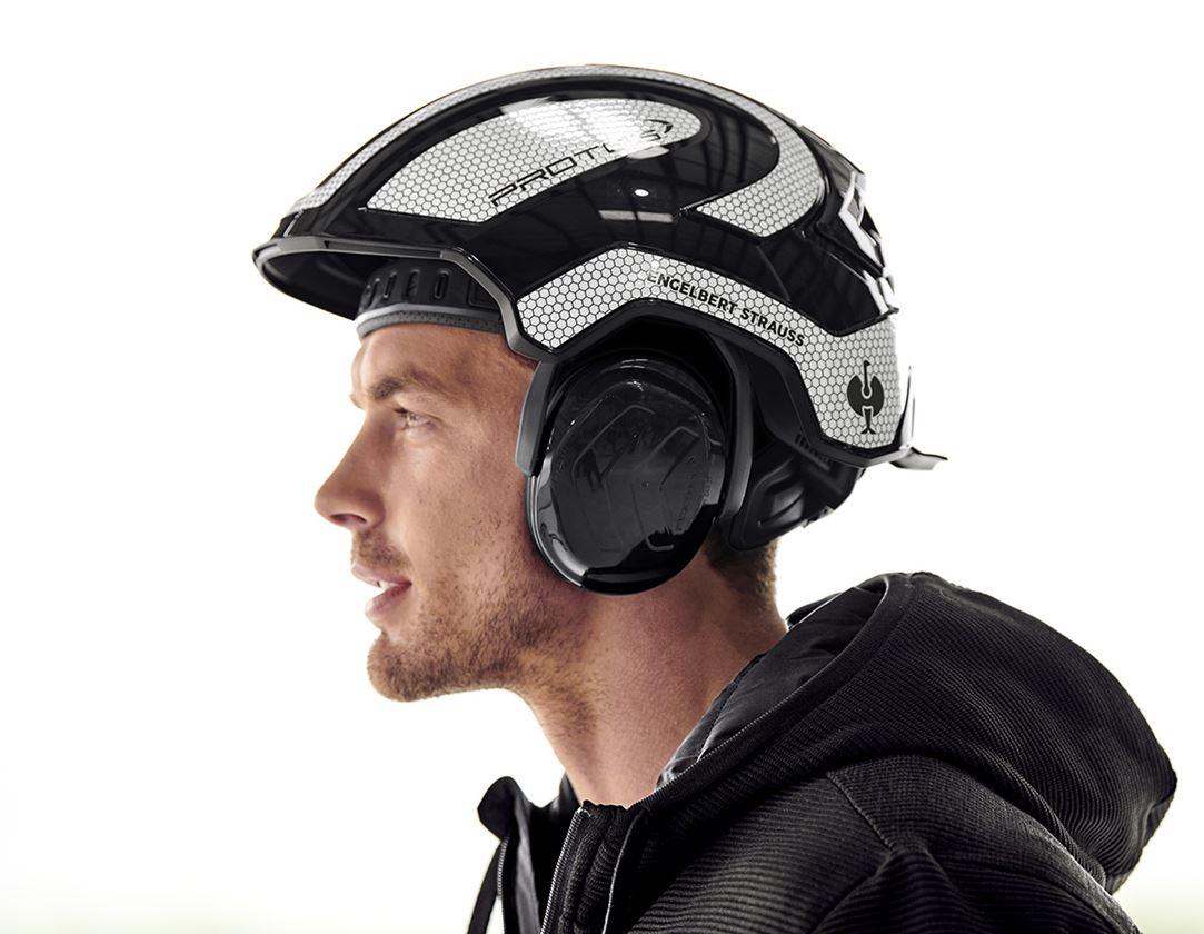 Accessories: e.s. Ear protectors Protos® + black