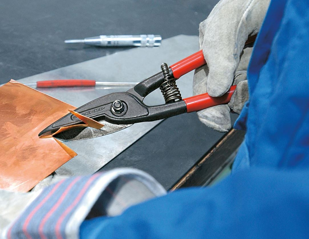 Scissors: Precision-Cut Tin Snips 3